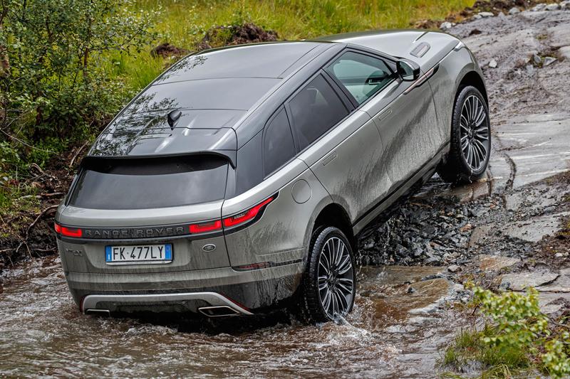 Fungují vysouvací kliky v Range Roveru Velar, i když auto obalí vrstva ledu?: - fotka 77
