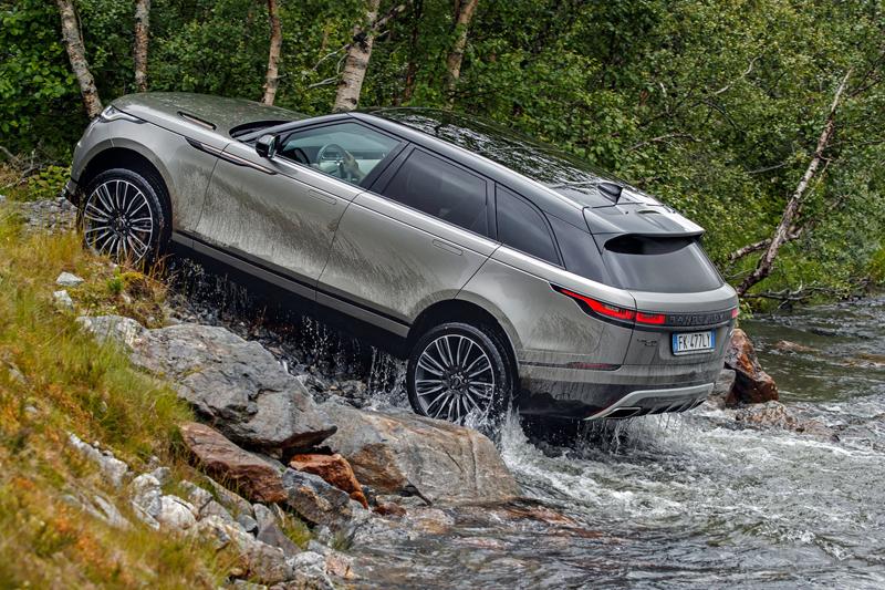 Fungují vysouvací kliky v Range Roveru Velar, i když auto obalí vrstva ledu?: - fotka 79
