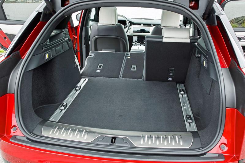 Fungují vysouvací kliky v Range Roveru Velar, i když auto obalí vrstva ledu?: - fotka 83