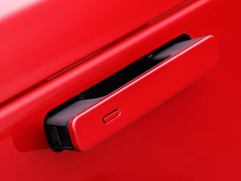 Fungují vysouvací kliky v Range Roveru Velar, i když auto obalí vrstva ledu?: - fotka 107