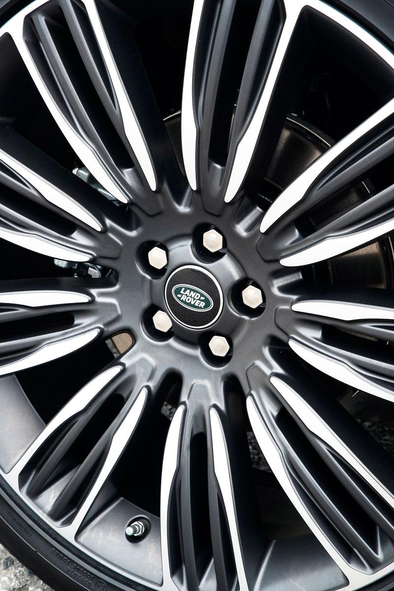 Fungují vysouvací kliky v Range Roveru Velar, i když auto obalí vrstva ledu?: - fotka 116