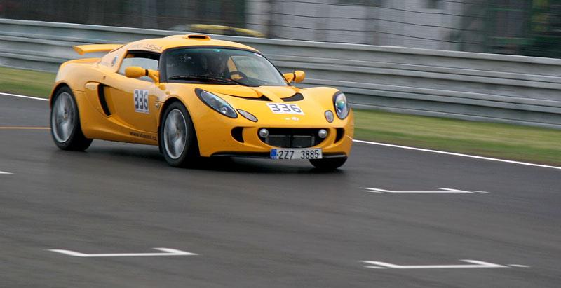Klub sportovních aut pokřtil asfalt Automotodromu Brno: - fotka 71