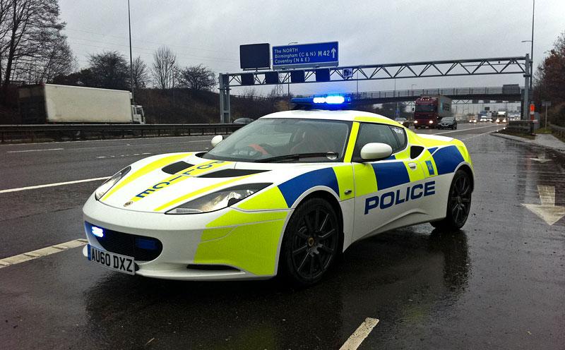 Britská policie testuje Lotus Evora: - fotka 1