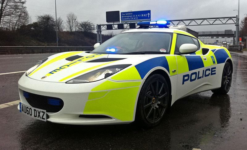 Britská policie testuje Lotus Evora: - fotka 2