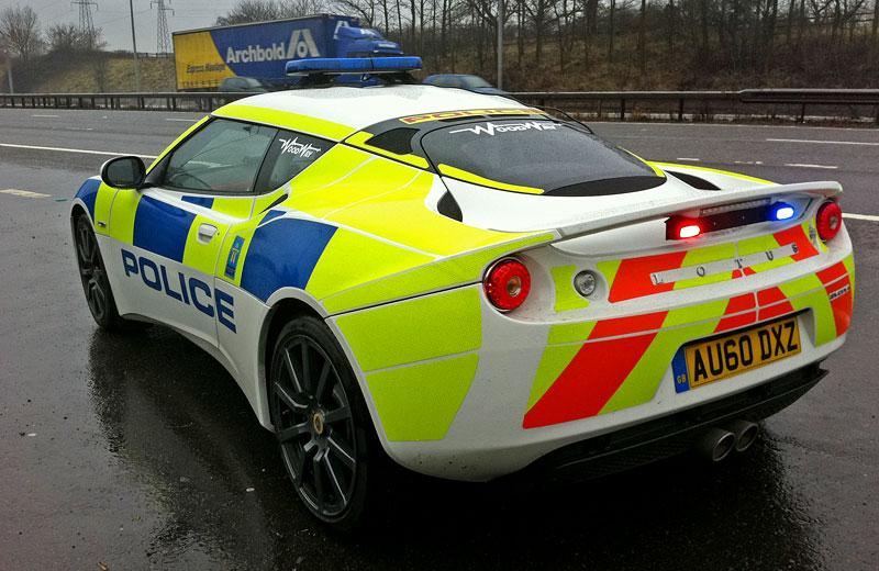 Britská policie testuje Lotus Evora: - fotka 3