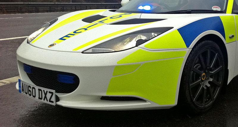 Britská policie testuje Lotus Evora: - fotka 4