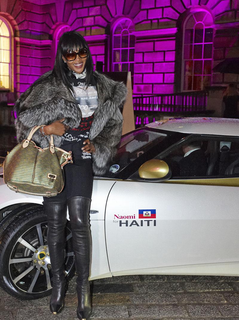 Lotus Evora Naomi for Haiti: vydraženo za 1,4 milionu euro: - fotka 14