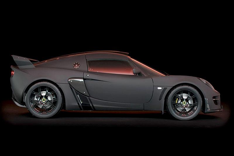 Lotus Exige Scura: černý lak a karbon pro Cup 260: - fotka 11