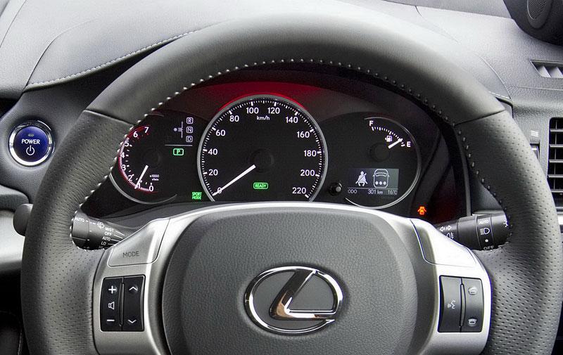 Lexus CT 200h F-Sport: oficiální fotografie: - fotka 1