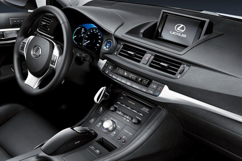 Lexus CT 200h F-Sport: debut na Sydney Motor Show: - fotka 6