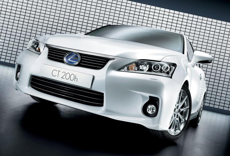 Lexus CT 200h F-Sport: debut na Sydney Motor Show: - fotka 11