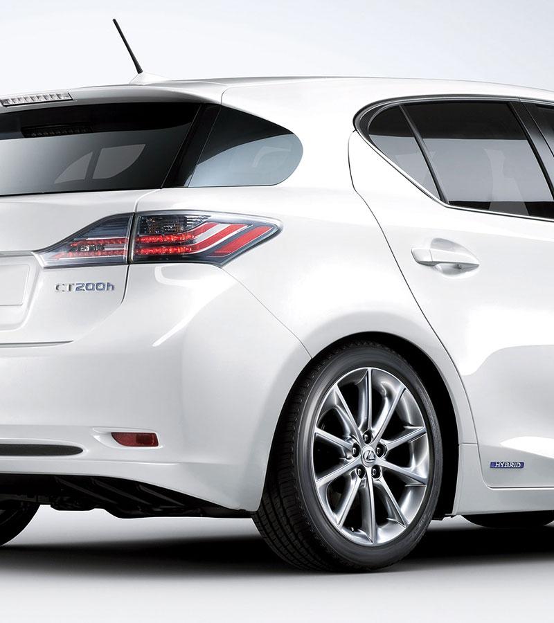 Lexus CT 200h F-Sport: debut na Sydney Motor Show: - fotka 25