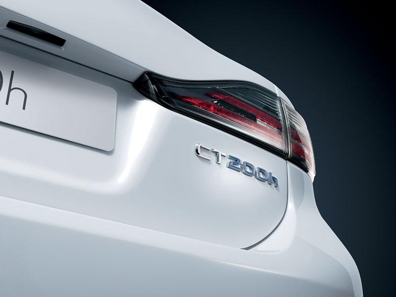 Lexus CT 200h F-Sport: debut na Sydney Motor Show: - fotka 31