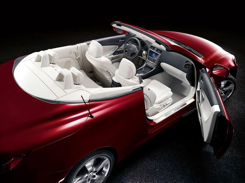 Lexus IS 250C je tu: bez střechy za 1,289 milionu: - fotka 24