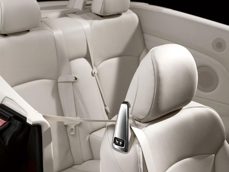Lexus IS 250C je tu: bez střechy za 1,289 milionu: - fotka 26