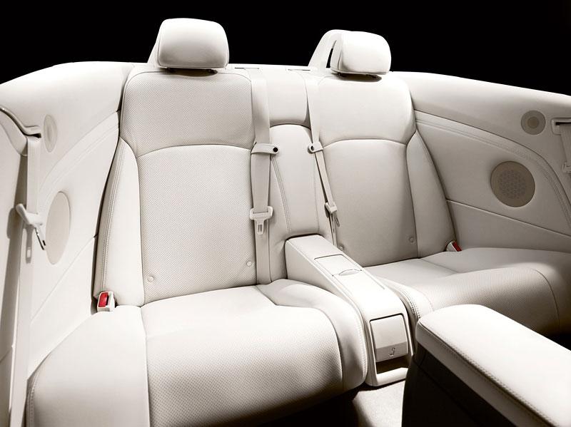 Lexus IS 250C je tu: bez střechy za 1,289 milionu: - fotka 27
