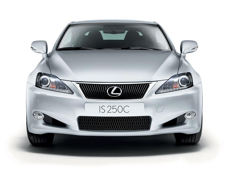 Lexus IS F-Sport (a ti druzí): další decentní facelift: - fotka 20