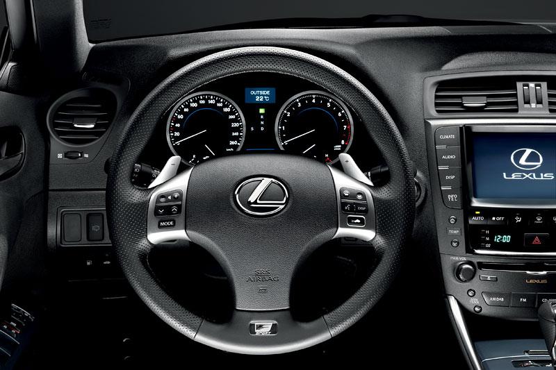 Lexus IS F-Sport (a ti druzí): další decentní facelift: - fotka 47