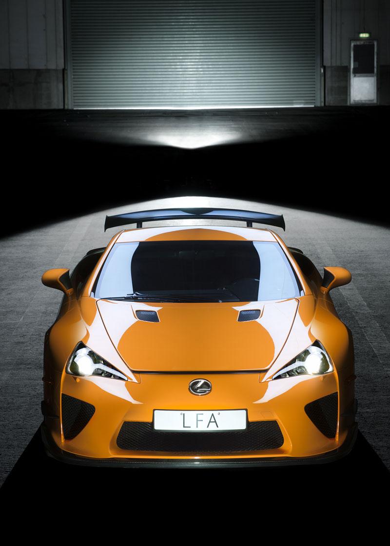 Ženeva 2011: Lexus LF-A Nürburgring Edition - nové foto: - fotka 6