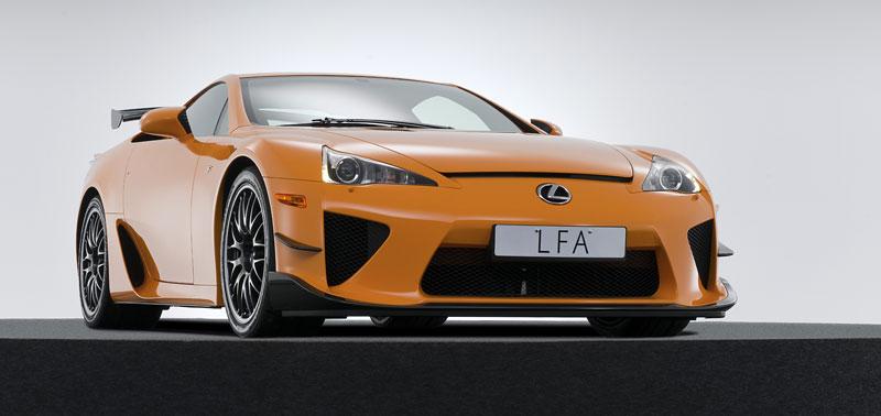 Ženeva 2011: Lexus LF-A Nürburgring Edition - nové foto: - fotka 15