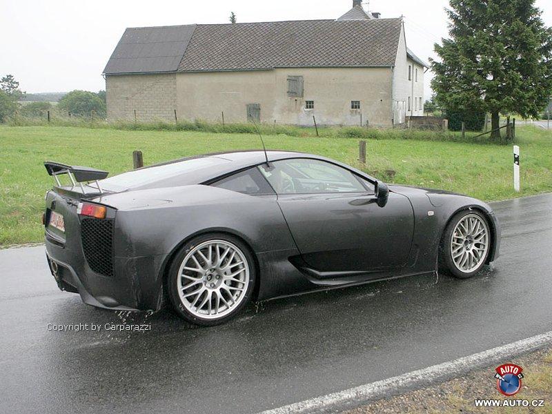 Porazí Lexus LF-A Porsche GT2?: - fotka 8