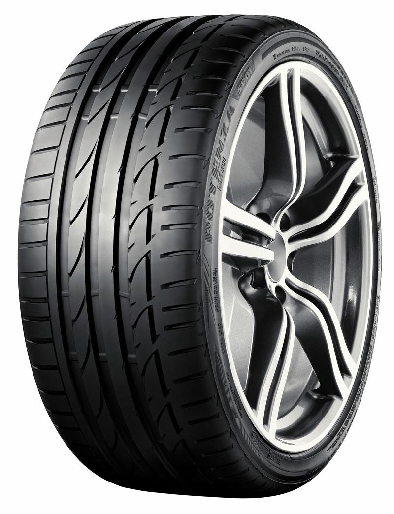 Pneu Bridgestone pro Lexus LF-A: - fotka 2