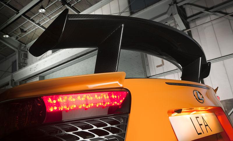 Ženeva 2011: Lexus LF-A Nürburgring Edition - nové foto: - fotka 29