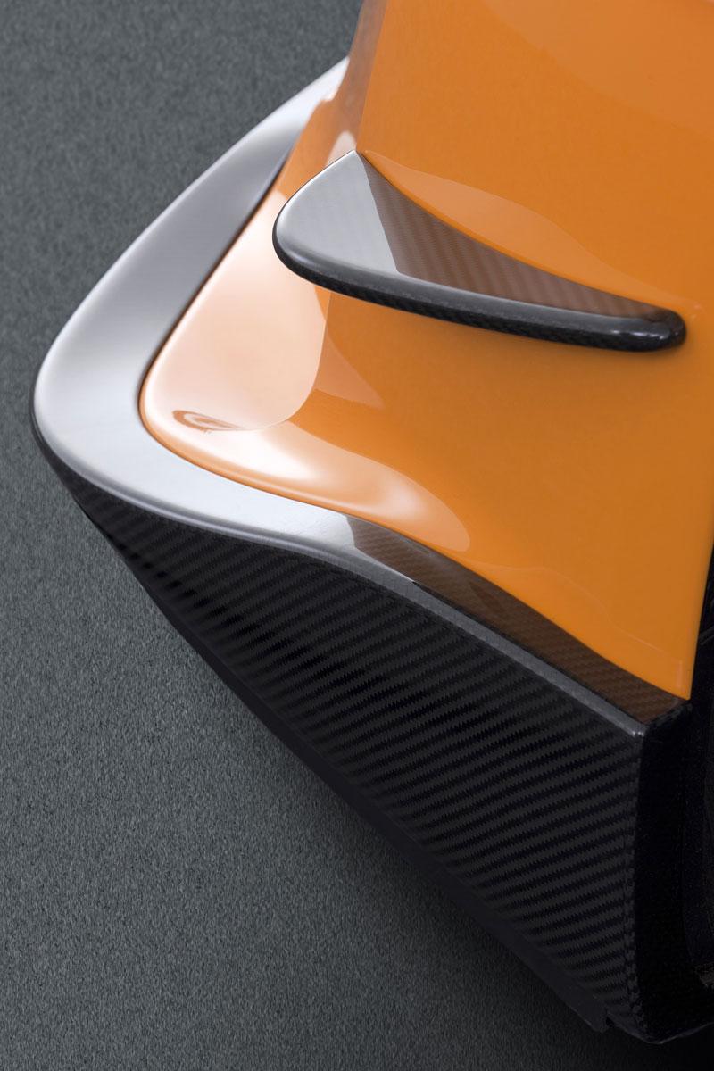 Ženeva 2011: Lexus LF-A Nürburgring Edition - nové foto: - fotka 37