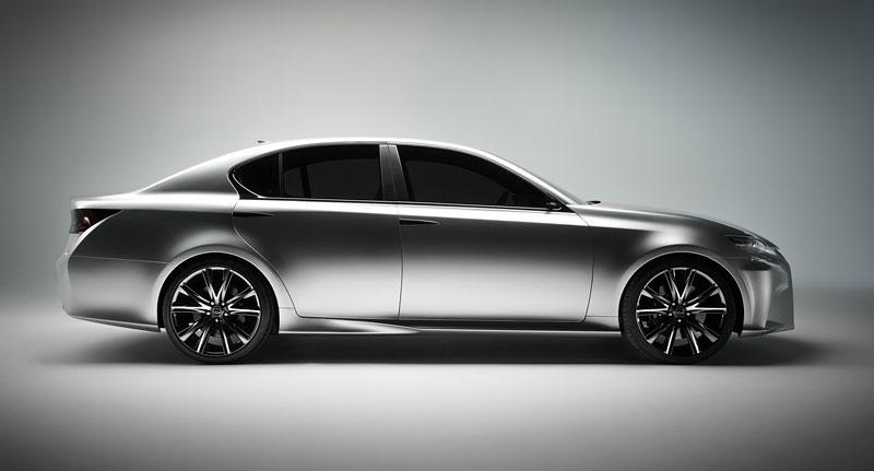 Lexus GS F: Pětilitrový osmiválec a kompresor: - fotka 25