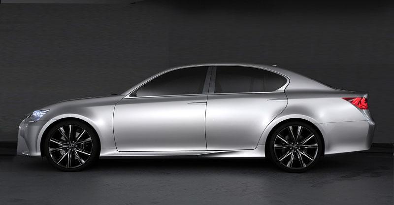 Lexus GS F: Pětilitrový osmiválec a kompresor: - fotka 26