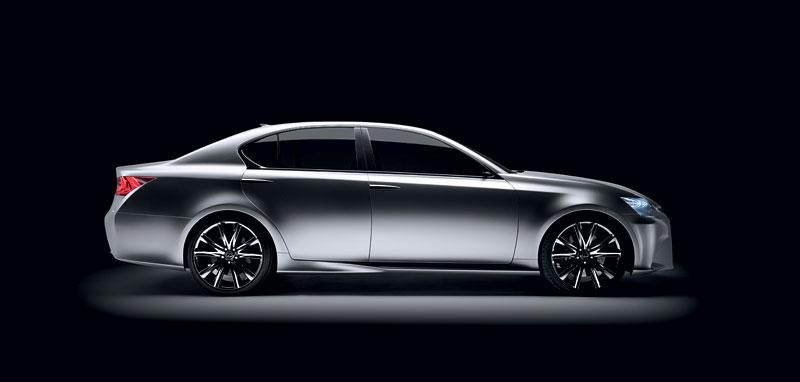 Lexus GS F: Pětilitrový osmiválec a kompresor: - fotka 27
