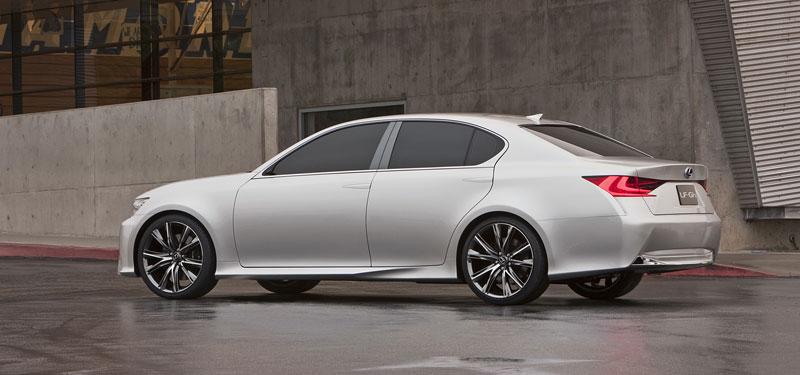 Lexus GS F: Pětilitrový osmiválec a kompresor: - fotka 28