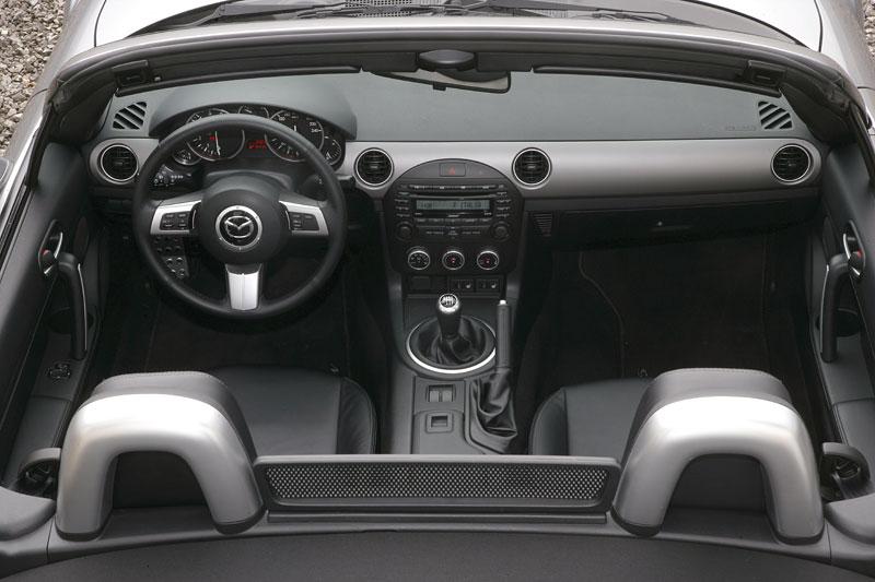 Mazda MX-5: chystají se velké změny: - fotka 3