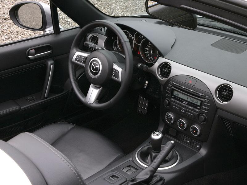 Mazda MX-5: chystají se velké změny: - fotka 4