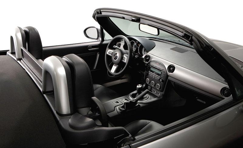 Mazda MX-5: chystají se velké změny: - fotka 8
