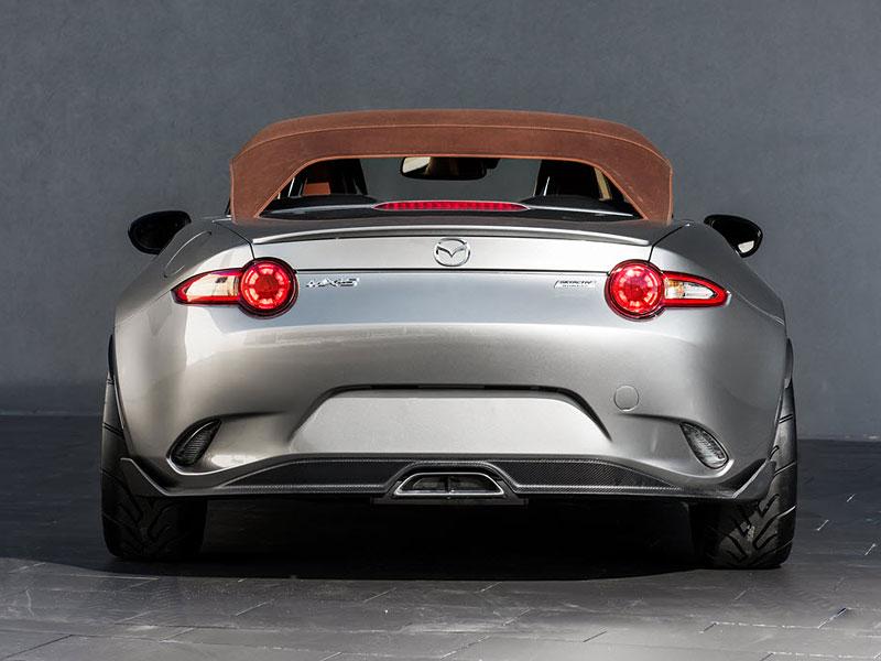 Mazda MX-5 Spyder a Speedster: Superlehké Miaty pro SEMA: - fotka 4