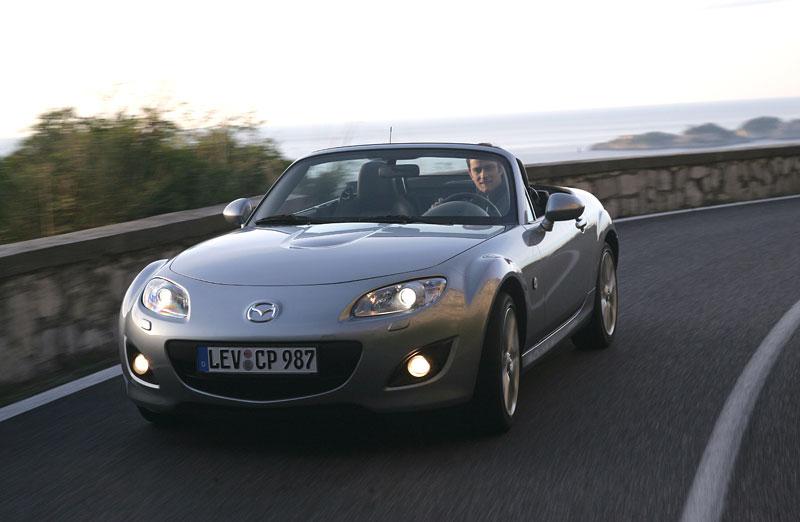 Mazda MX-5: chystají se velké změny: - fotka 18