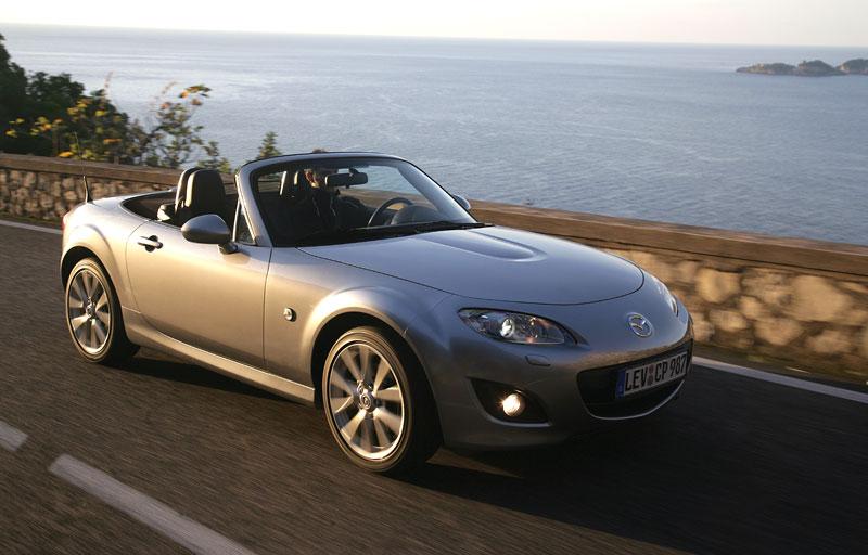 Mazda MX-5: chystají se velké změny: - fotka 34