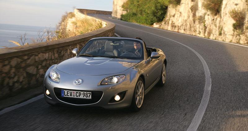 Mazda MX-5: chystají se velké změny: - fotka 35