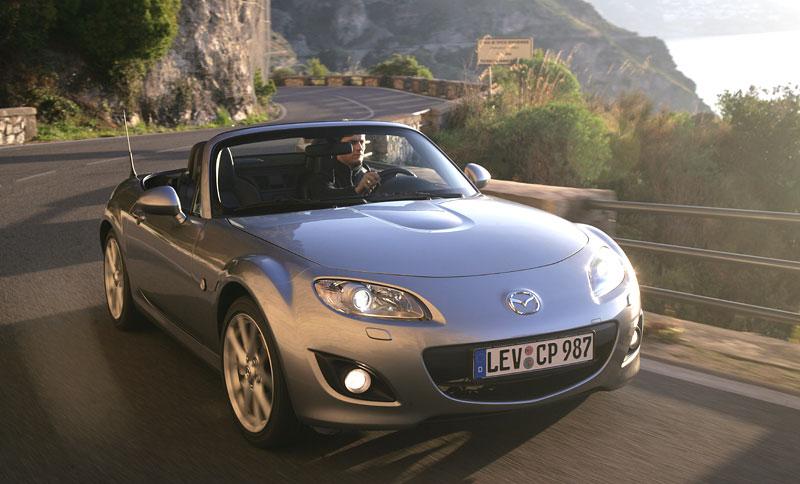 Mazda MX-5: chystají se velké změny: - fotka 36