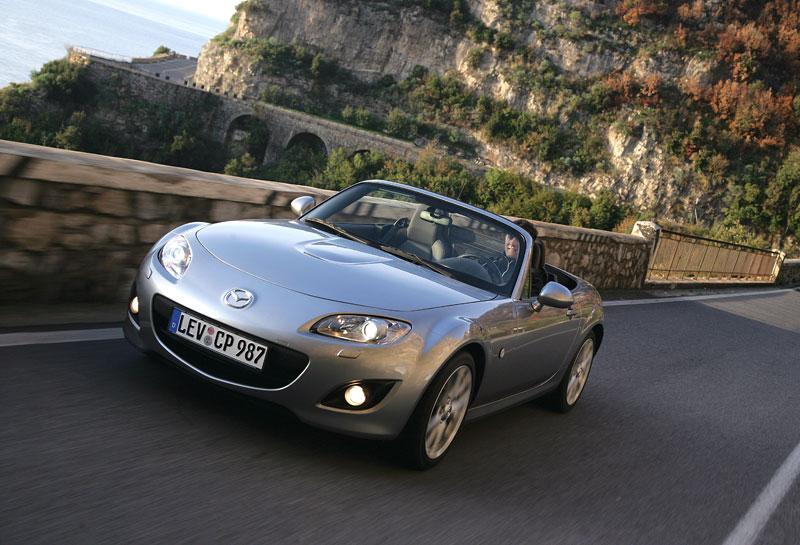 Mazda MX-5: chystají se velké změny: - fotka 42