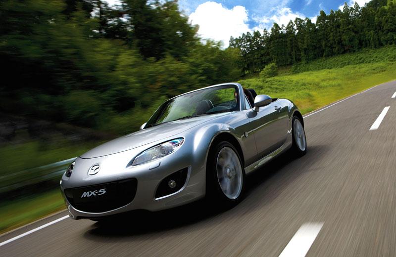 Mazda MX-5: chystají se velké změny: - fotka 46