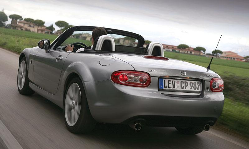 Mazda MX-5: chystají se velké změny: - fotka 62