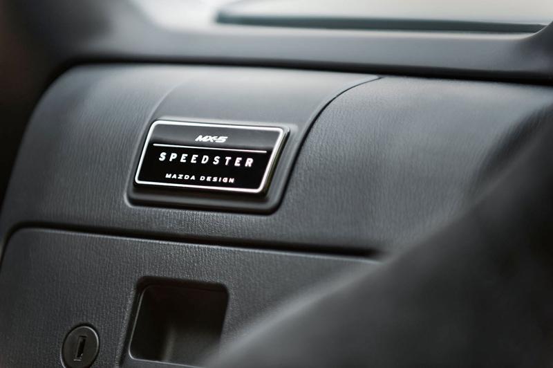 Mazda MX-5 Spyder a Speedster: Superlehké Miaty pro SEMA: - fotka 5