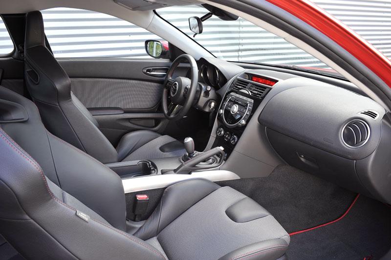 Mazda RX-8: omlazený Wankel (ale ne pro nás...): - fotka 4
