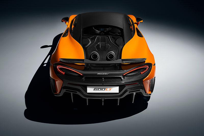 Víte, proč má McLaren 600LT výfuk vyvedený vzhůru? Přináší to spoustu výhod: - fotka 3