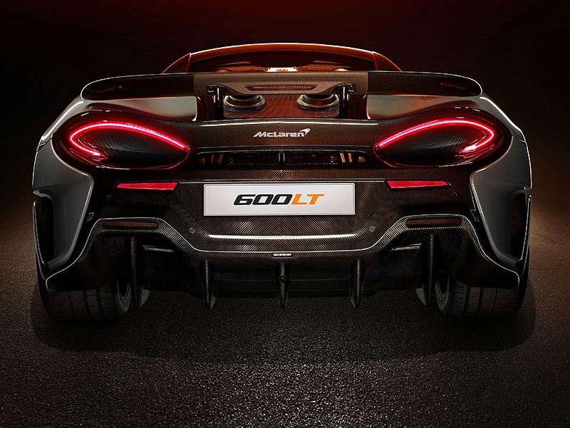 Víte, proč má McLaren 600LT výfuk vyvedený vzhůru? Přináší to spoustu výhod: - fotka 5