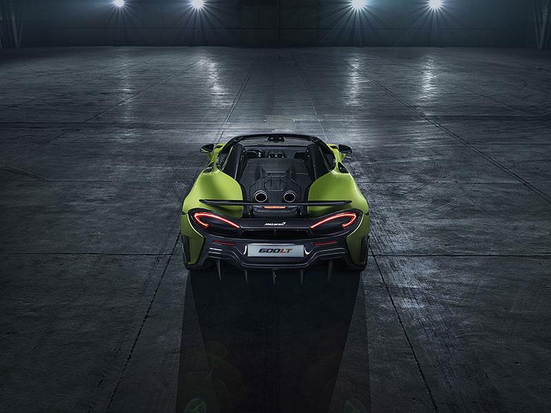 Víte, proč má McLaren 600LT výfuk vyvedený vzhůru? Přináší to spoustu výhod: - fotka 10