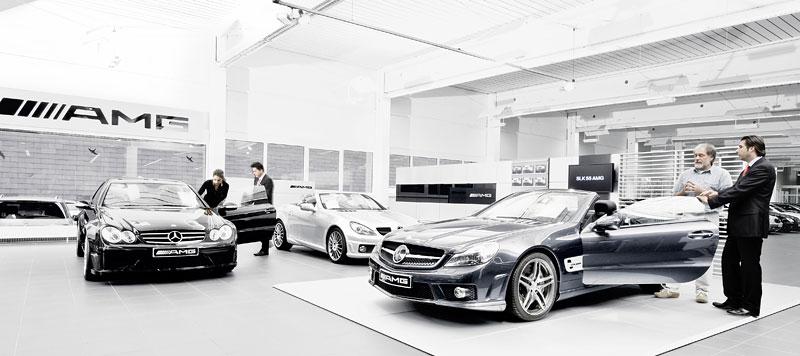 AMG otevře 175 nových Performance center, krize nekrize: - fotka 1
