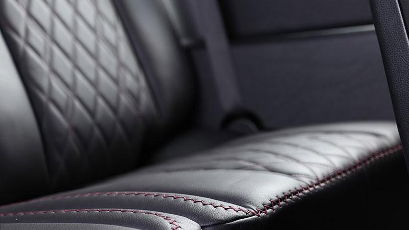 Mercedes-Benz G Carbon Motors: Bulhaři vyhlásili válku plastům: - fotka 12
